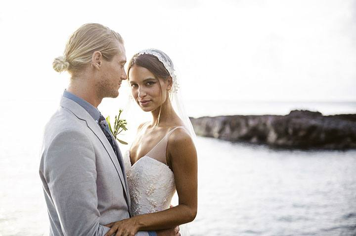626e233d98 How to Choose a Wedding Officiant for Your Hawaii Wedding I Hawaii.com